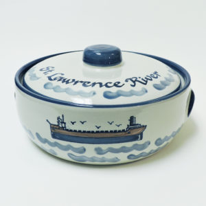 Great Lakes Laker 2 Quart Casserole Dish